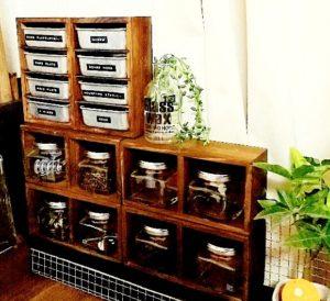 セリアの100均DIYで作った収納棚を積み重ねた