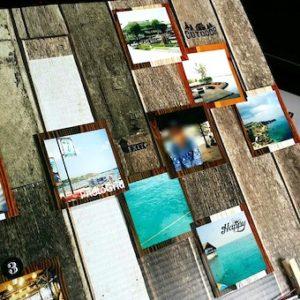 マスキングテープで貼って写真ボードに並んだ写真