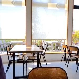 岸和田のブルースターカフェのテラス席