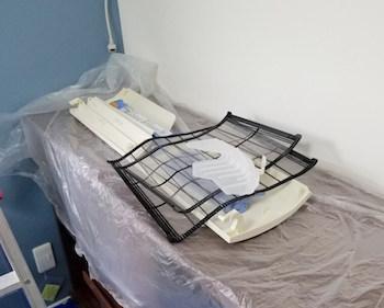 エアコン掃除で家具を養生