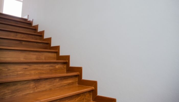 階段のホコリ